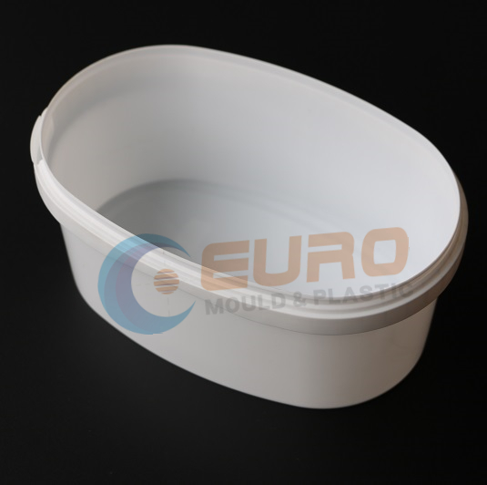 thin wall container mould Featured Image